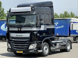 cab over engine DAF XF 106 SPACE CAB EURO 6 2017