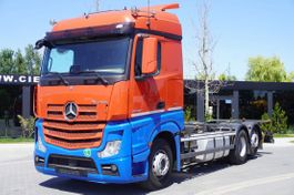 chassis cab truck Mercedes-Benz Actros , E6 , 6X2 , BDF , chassis 7,2m , retarder , 2 beds 2017