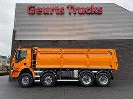 tipper truck Iveco Trakker 450 8X8 KIPPER/TIPPER  EURO 6 2017