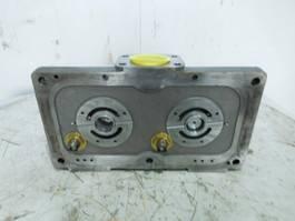 hydraulic system equipment part Liebherr Liebherr - Connecting Plate