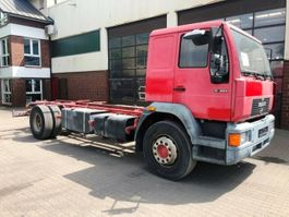 chassis cab truck MAN 4x2 Fahrgestell 2000