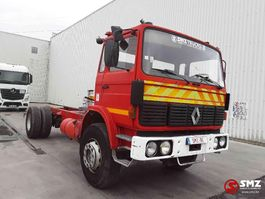 chassis cab truck Renault G series 176'km 1986