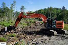 crawler excavator Hitachi ZX225USRLC w / rotor tilt and stud hammer 2013