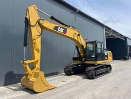 crawler excavator Caterpillar 320D2 2018