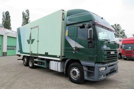 refrigerated truck Iveco 260E42 6x2  3 axel  Cool truck  Thermoking MD 2 1998