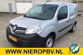 closed lcv Renault Airco Navi Cruise control 2018