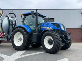 farm tractor New Holland T7.210 2017