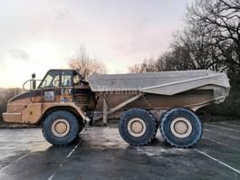 articulated dump truck Caterpillar 730 2005