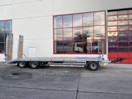 lowloader trailer Möslein T 3-8,20 P VB H1 Blatt 3 Achs Tieflader mit gerader Ladefläche 8,10 m, N... 2021