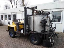Bitumenspritzer Burtec TSM 800 L 1998