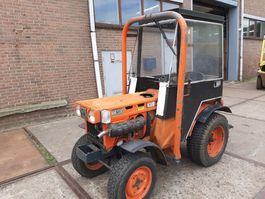 mini - compact - garden tractor Kubota B6 100 mini traktor 3 cyl.