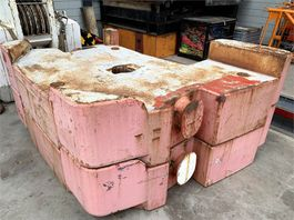 other equipment part Terex Demag AC 350-700 Counterweight 10 ton
