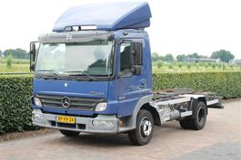 chassis cab truck Mercedes-Benz Atego 818 AIRCO RADSTAND 302 (KIPPER) 2005