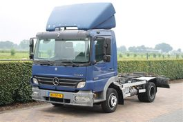 chassis cab truck Mercedes-Benz Atego 822 AIRCO (KIPPER) Radstand 2006