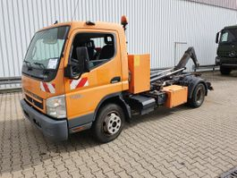 container truck Mitsubishi Fuso 7C15 4x2 Canter Fuso 7C15 4x2, City-Abroller, Ex-Stadtverwaltung 2009