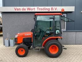 farm tractor Kubota B2230 met cabine hydrostaat demo Airco 4x4 Diesel 2019 Kubota B2230 met cabine hydrostaat demo Airco 4x4 Diesel 2019 2019