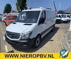 refrigerated van Mercedes-Benz 213CDI L2H1 *Koel/Vries met stekker* Airco Navi Automaat 2013
