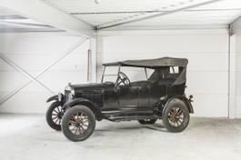 convertible car Ford OPEN TOURER 1924