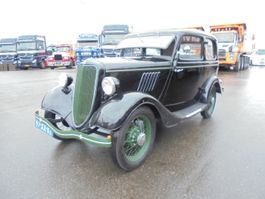 sedan car Ford SALOON Y 1936