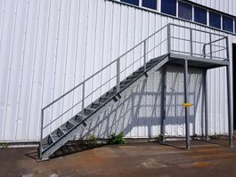ladder and stair Vamiro Steel stairs - 400x662x110cm, stairs to the hall, stairs to the container, stairs, staircase container - NEW 2021