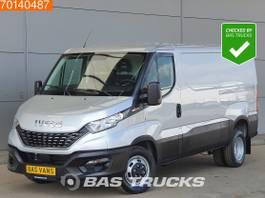 Kastenwagen Iveco 35C21 L2H1 210pk Automaat Dubbellucht Navi Camera Cruise Airco 8m3 A/C C... 2021