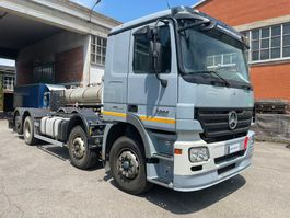 chassis cab truck Mercedes-Benz Actros 3244