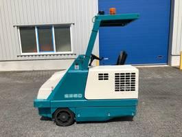 road sweeper Tennant 235D, Veegmachine, Diesel, hoogkieper 1995