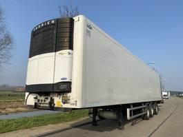 refrigerated semi trailer Sor Fridge / Liftaxle / Steering / Carrier Vector 1850 / APK 2006