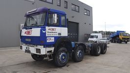 chassis cab truck Iveco Magirus 320 - 32 (GRAND PONT / SUSPENSION LAMES / V8 / 12 ROUES / POMPE MANUELLE) 1997