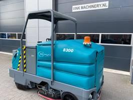 scrubber dryer Tennant 8300 2005