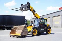 rigid telehandler JCB 525-60 , Compact , 2.500kg-6m , forks + bucket 1,5m3 , joystick 2016