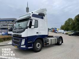 cab over engine Volvo FM 11 370 Globetrotter 4x2T Euro 6 NL-Truck 2014