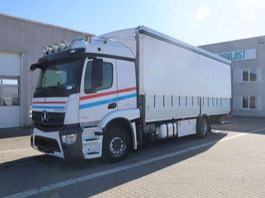 tilt truck Mercedes-Benz Actros 1832 2014