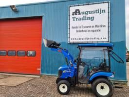 Landwirtschaftlicher Traktor New Holland Boomer 25 2015