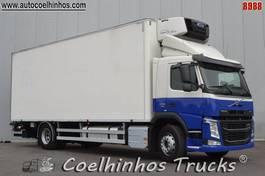 refrigerated truck Volvo FM 330 2015