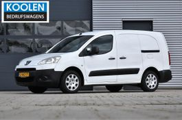 closed lcv Peugeot 122 1.6 HDI L1 XT Profit + 2011