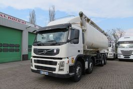 feed truck Volvo FM 13 400 8x2 Food silo Auger, 5 comp. SPRING SUSP ( VERY GOOD STATE TRUCK) France origin 2007
