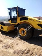 soil compactor Bomag BW 213 D-5 2016