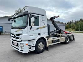 container truck Mercedes-Benz Actros 2548 2548L-6X2/4500 2009