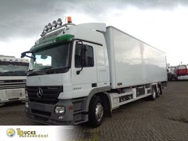 refrigerated truck Mercedes-Benz Actros 2532 + chereau + euro 5 + carrier 2008