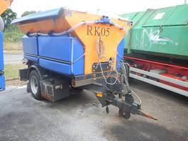 mini - compact - garden tractor skadet Stratos saltspreder 2017