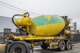 concrete mixer semi trailer Liebherr BETON MIXER - 10M3 2002