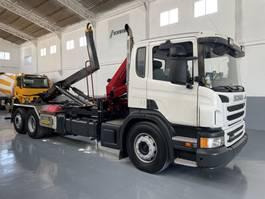 crane truck Scania P400 equipo gancho con grúa HMF 635 2012