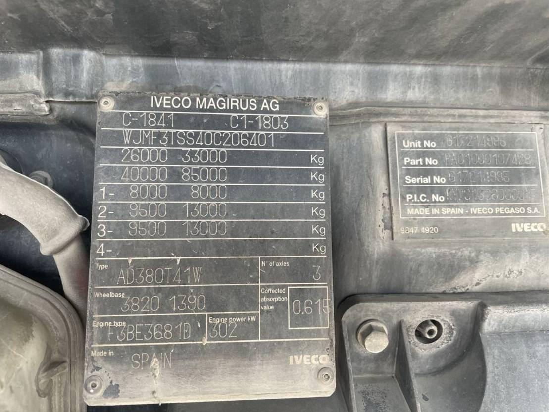 Betonmischer-LKW Iveco Trakker 410 Baryval