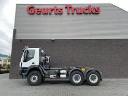 heavy duty tractorhead Iveco Trakker 450 6X6 TRACTOR + TIPPER HYDRAULIC 2013