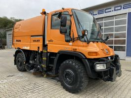 Road sweeper truck Unimog U 400 4x4 Euro 5 Kehrmaschine Faun VIAJET 5 2009