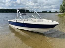 sport boat Bayliner Speedboot 2150 2002
