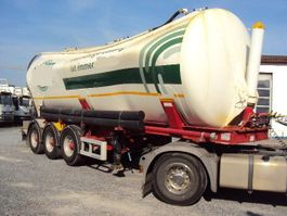 feed semi trailer Kässbohrer 3 achs Kippsilo 40m³ luft BPW Vakuumschaden 2011