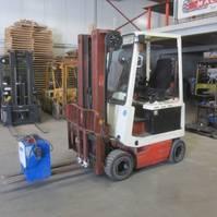 forklift Nissan Gebruikte heftruck Nissan UM01L15U, triplomast, side shift, hydro vorkverstelling.