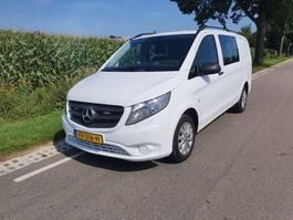 véhicule utilitaire léger fermé Mercedes-Benz vito 111  dubbele cabine grijskenteken vito 111 dubbele cabine 2016